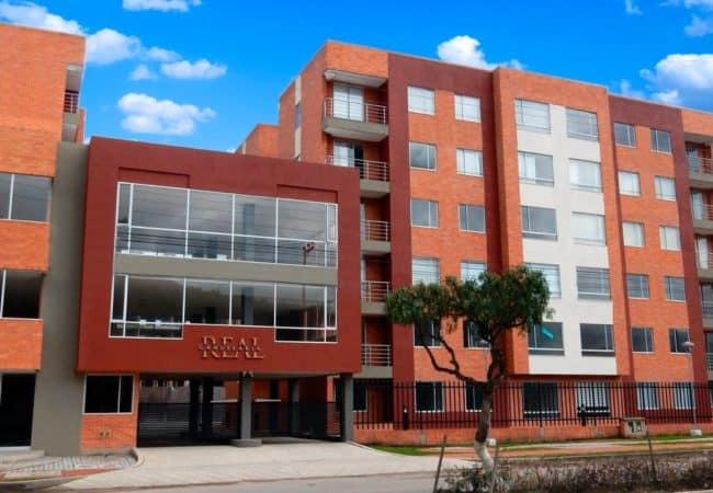 Apartamentos en Sogamoso - Fachada Candelaria Real